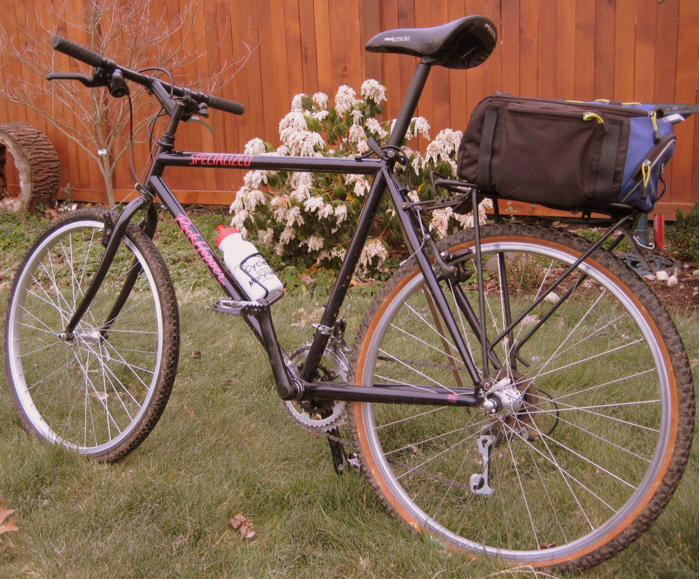 Specialized Rockhopper Biking Bis
