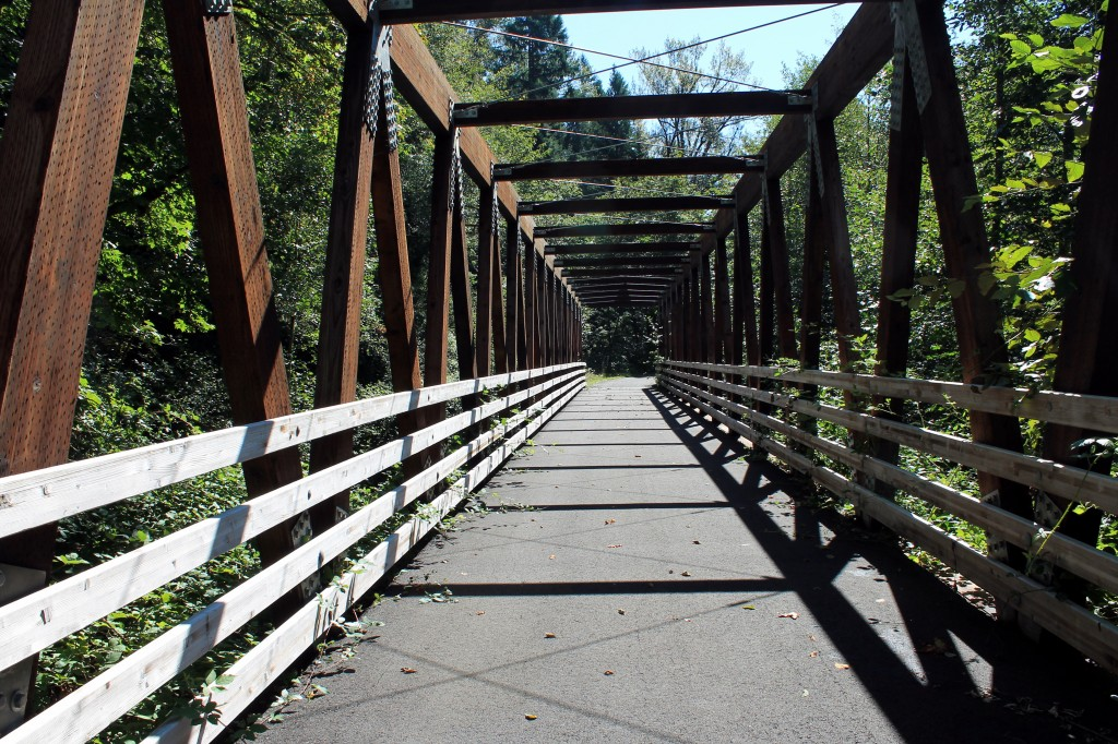 "Another bridge in the ""bow-tie"" railroad grade"