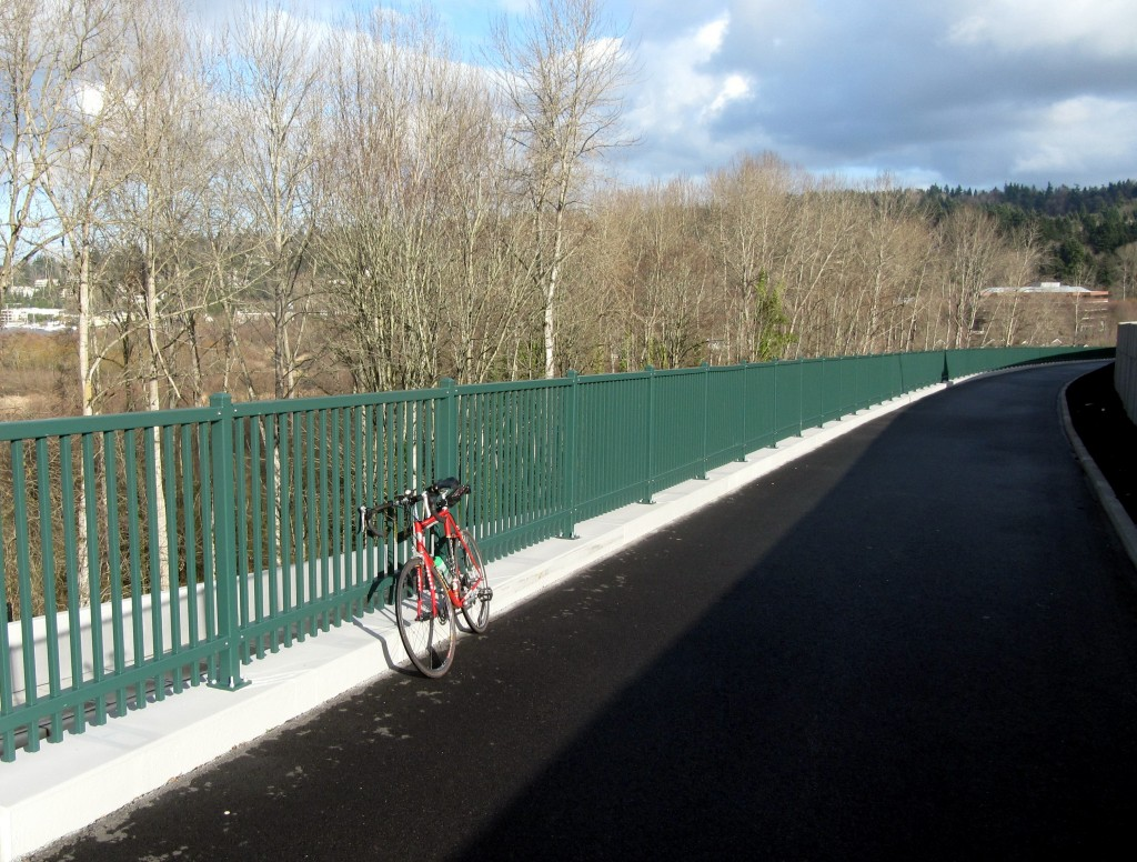 New SR 520 bike path has  view of Kirkland and Lake Washington