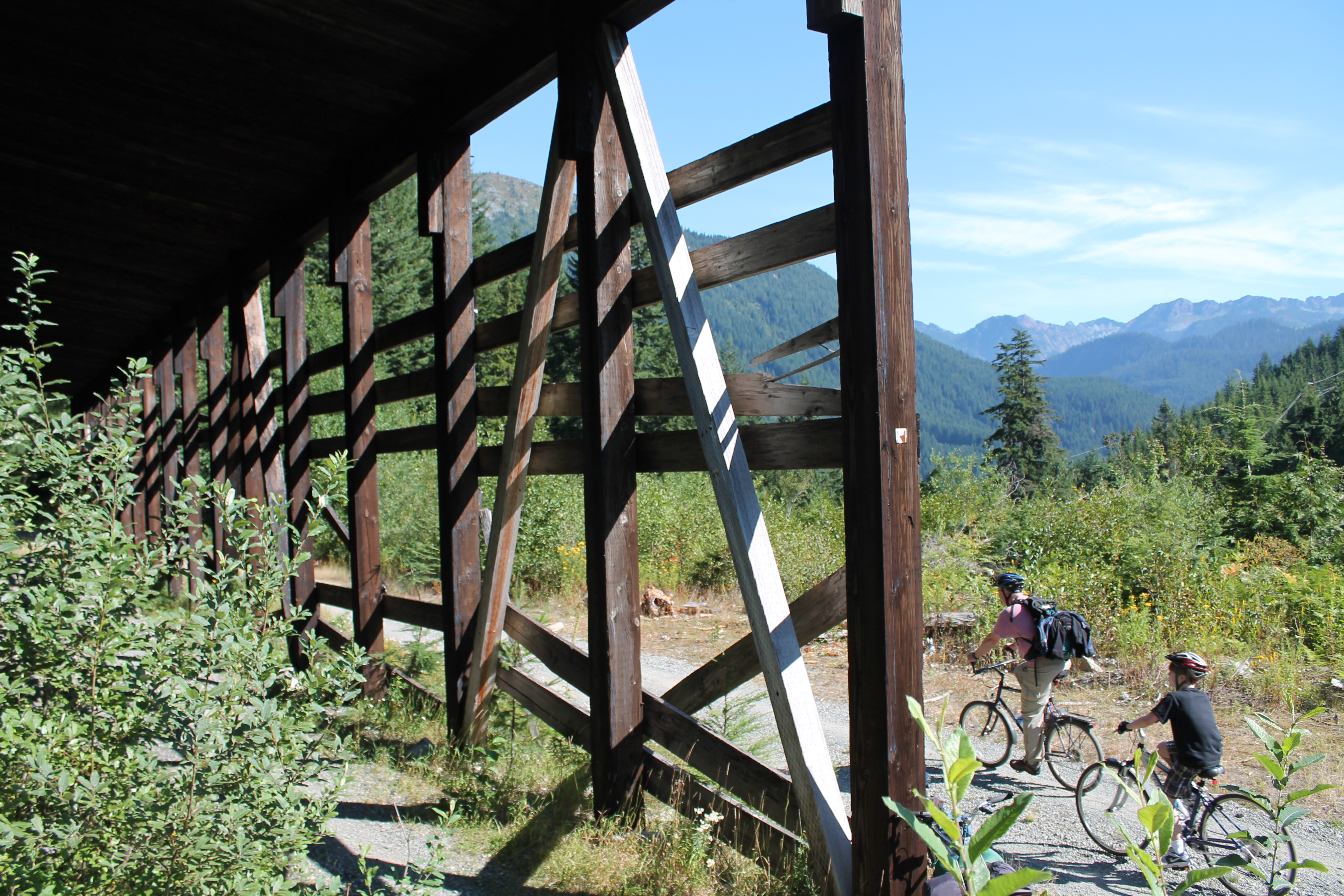 Bicycle Shuttle Service To Snoqualmie Tunnel Launches On