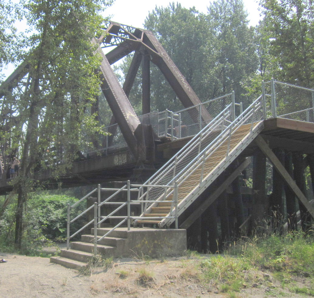 Bridge closure on snoqualmie valley trail in july biking bis for The meadowbrook