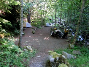 Carter Creek primitive campground on John Wayne Pioneer Trail