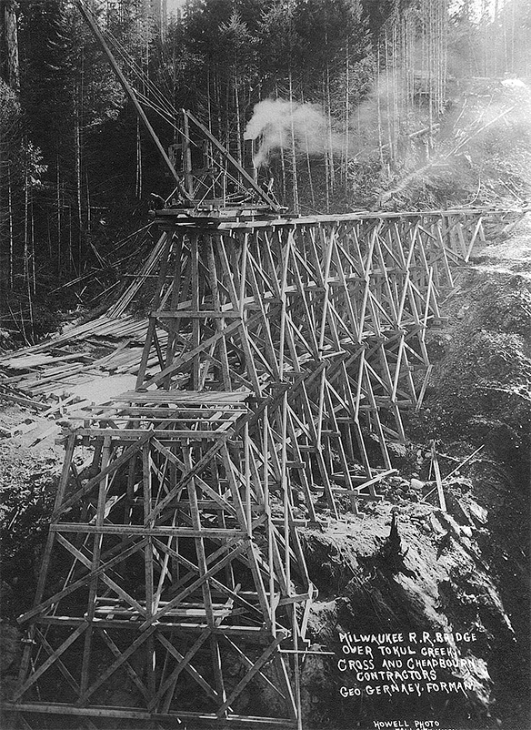 Historic Tokul Trestle under construction